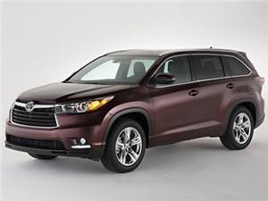 Появился рублевый прайс-лист на Toyota Highlander нового поколения