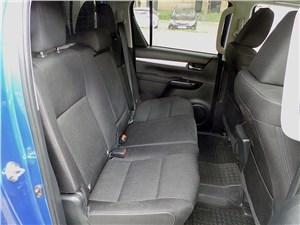 Toyota HiLux 2016 задний диван