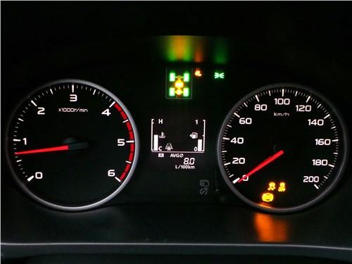 Fiat Fullback 2016 приборная панель