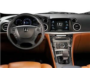 Интерьер Luxgen 7 место водителя
