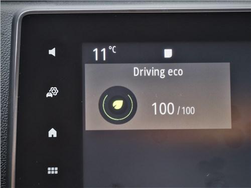 Renault Duster (2021) монитор
