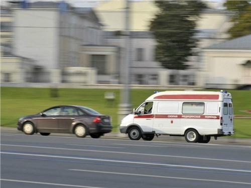 Водителям карет «скорой помощи» не разрешат таранить автомобили на дороге