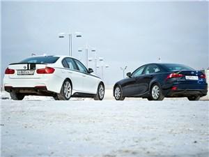 В сравнении побеждает BMW, но LEXUS дышит ему в затылок