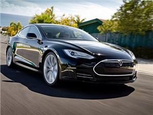Производство электроседанов Tesla Model S временно приостановлено