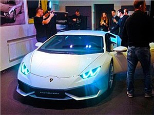 В Москве состоялась презентация суперкара Lamborghini Huracan LP 640-4