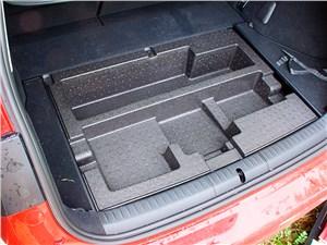 Предпросмотр lexus ct 200h 2014 багажное отделение фото 2