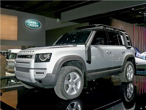 Land Rover Defender 2020 вид спереди