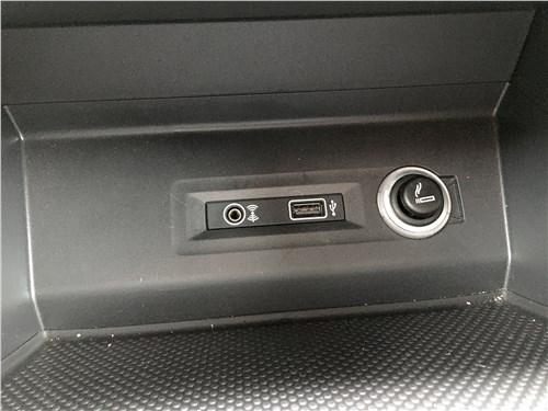 Volkswagen Teramont 2018 розетки и разъемы