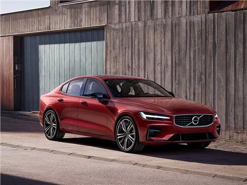 Volvo рассекретила седан S60. Пока только для Америки