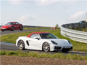 Porsche Boxster GTS Cabriolet произвел впечатление очень легкого автомобиля