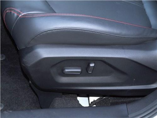 FAW Besturn X80 2018 передние кресла