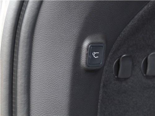 Предпросмотр jeep cherokee 2019 багажное отделение