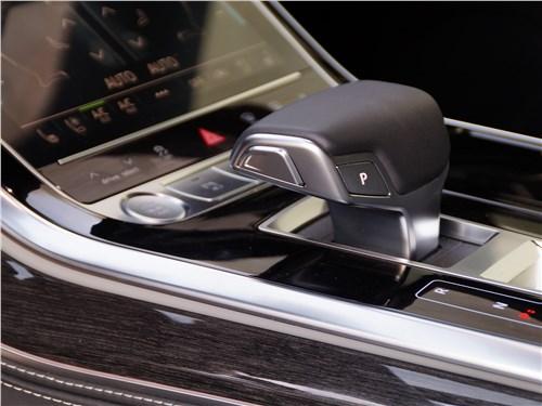 Audi Q8 2019 8АТ