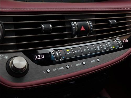 Lexus LS 500 2018 управление аудиосистемой и климатом