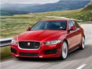 Предпросмотр jaguar xe 2015 вид спереди сбоку
