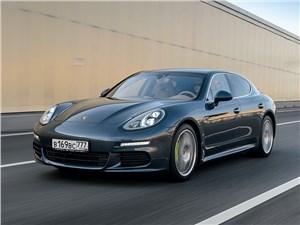 Porsche Panamera S E-Hybrid 2013 вид спереди