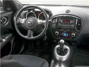 Nissan Juke 2012 водительское место