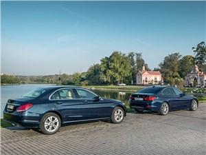 Mercedes-Benz C-Class и BMW 3-й серии. Игра мускулами