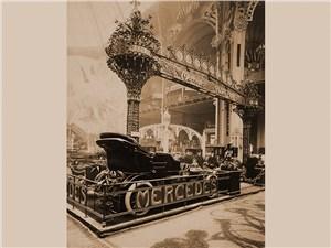 Стенд Mercedes всегда был одним из самых представительных на Парижских автосалонах начала ХХ века