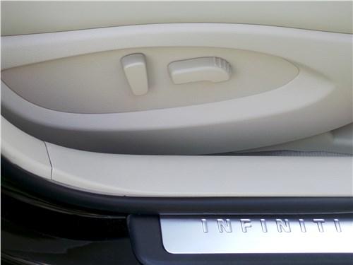 Infiniti QX50 2016 переднее кресло