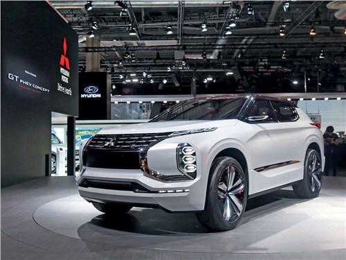 Парижский автосалон 2016 Mitsubishi GT-PHEV концепт