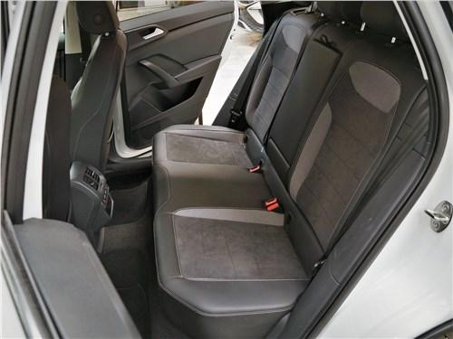 Предпросмотр volkswagen taos (2022) задний диван