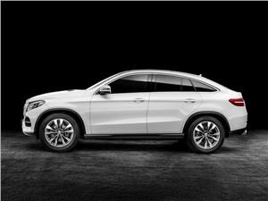 Mercedes-Benz GLE Coupe - Mercedes-Benz GLE Coupe 2016 вид боку
