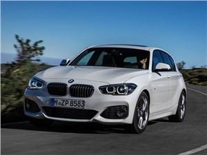 Бестселлеры. (Alfa Romeo 147, Audi A3, BMW 1, Fiat Bravo, Honda Civic, Volvo C30) 1 series - BMW 1-Series 5-doors 2016 вид спереди