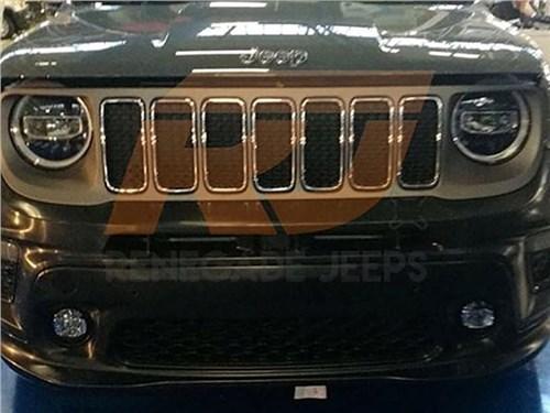 Обновленный Jeep Renegade: первое фото