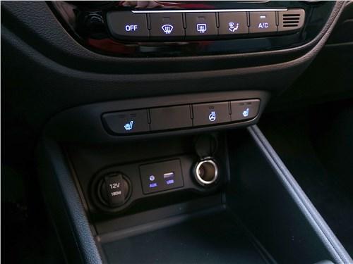 Hyundai Solaris 2017 центральная консоль