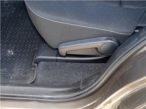 Toyota RAV4 2016 задний диван