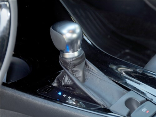 Toyota C-HR 2016 джойстик вариатора