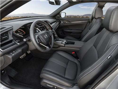 Предпросмотр honda civic hatchback 2020 передние кресла