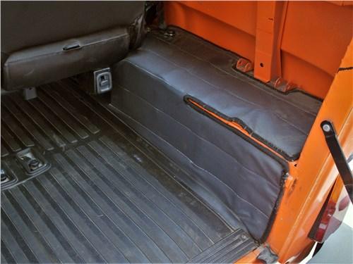 UAZ Hunter (2003) багажное отделение
