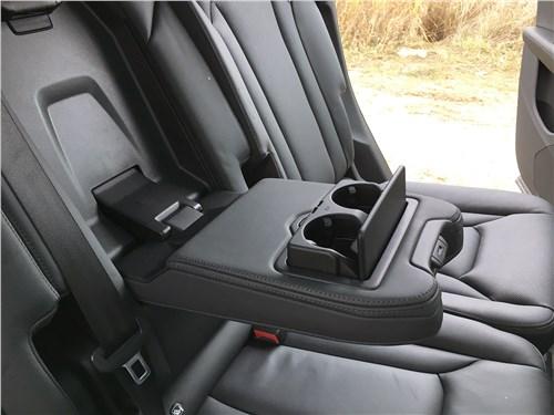 Audi Q7 (2020) задний диван