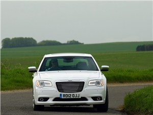 Chrysler 300C <br />(седан)