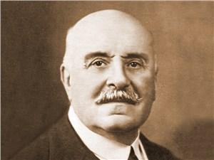 Один из основателей Автомобильного клуба - граф Альбер де Дион