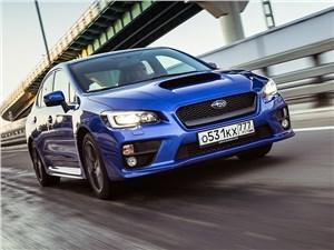 Subaru WRX 2015 вид спереди