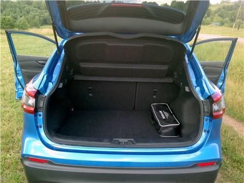 Nissan Qashqai 2018 багажное отделение