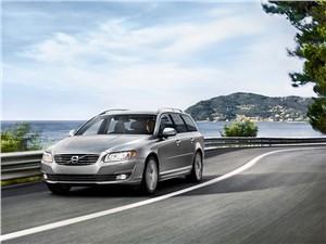 Комфорт круглый год (Audi A6 Avant Quattro, BMW 5 Series Touring XiA, Mercedes-Benz E-Klasse 4-Matic, Chrysler 300C AWD Touring, Volvo V70) V70