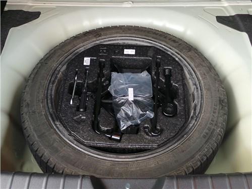 Kia Optima GT-Line 2016 запасное колесо