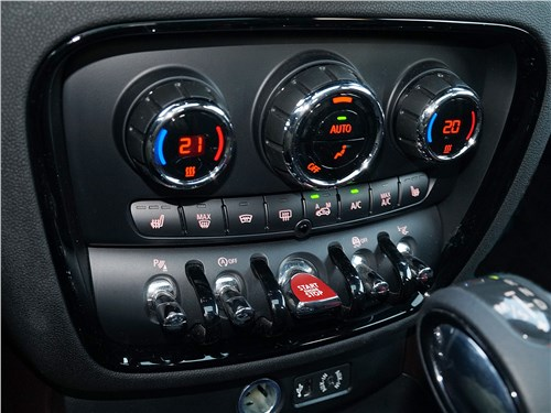 Mini Clubman Cooper S 2016 центральная консоль