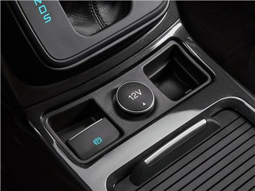 Предпросмотр ford kuga 2017 электронный «ручник»