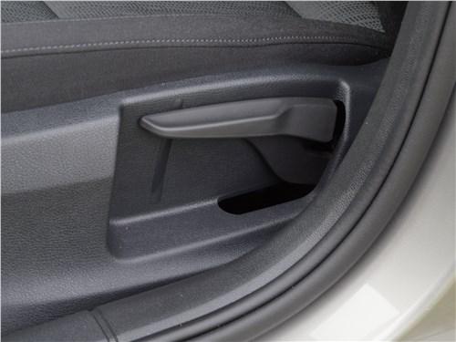 Skoda Octavia 2017 передние кресла