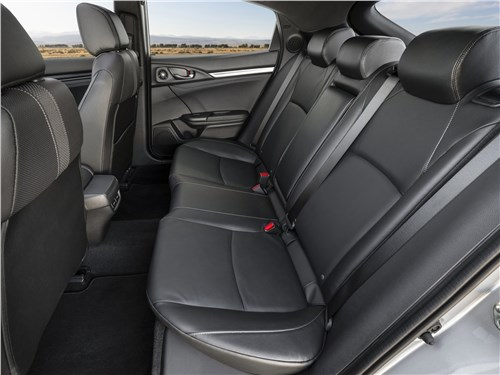 Предпросмотр honda civic hatchback 2020 задний диван