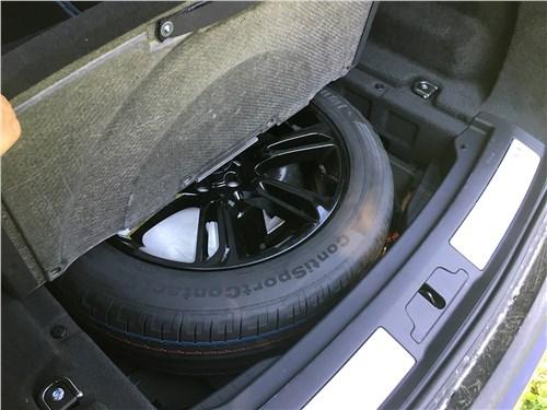 Land Rover Range Rover Velar (2021) запасное колесо