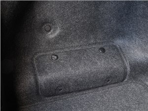 Infiniti Q50S Hybrid 2013 багажное отделение