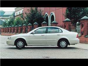Daewoo Magnus, KIA Magentis, Hyundai Sonata