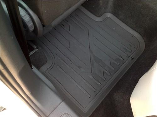 Volkswagen Tiguan 2017 резиновые коврики