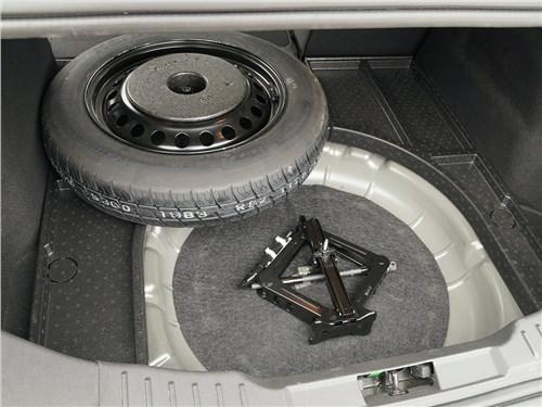 Ford Focus 2014 запаска-«докатка»